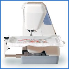 Janome Memory Craft 9500 Side Profile