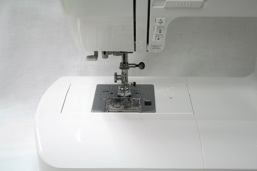 The Elna eXperience 660 Sewing Machine Needle Plate Area
